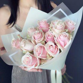 Букет нежно - розовых роз Эквадор
