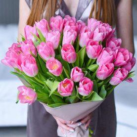 Букет из 33 голландских тюльпанов