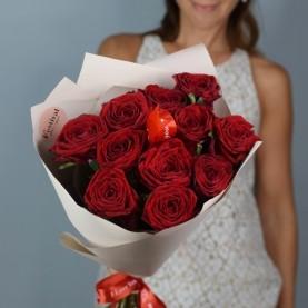 11 ароматных роз с крупным бутоном