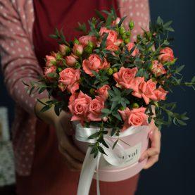 Объемная коробочка розовых роз