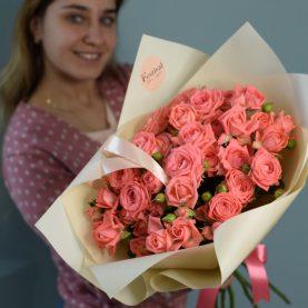 Букет кустовых роз Барбадос