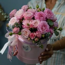 Композиция c пионовидными розами